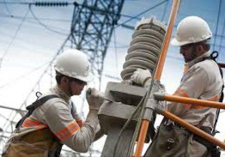 Hoje dia do Eletricista, a Enel divulgou algumas curiosidades sobre a rotina desses profissionais
